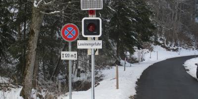 Ampelsystem / Dispositif d'alarme des avalanches