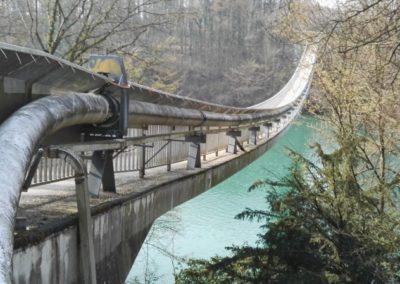 Bewegungs-Monitoring einer offenen Pipeline über der Rhone